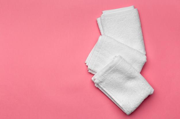 Asciugamani spa, vista dall'alto Foto Premium
