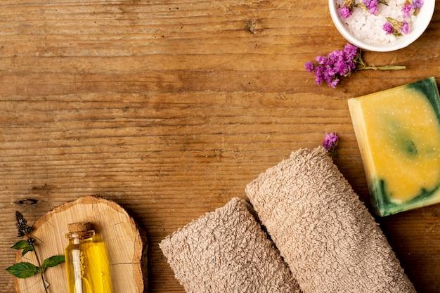 Assortimento di spa terapeutica vista dall'alto Foto Gratuite