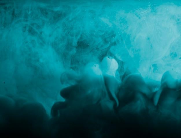 Astratta pesante nebbia azzurra in liquido Foto Gratuite