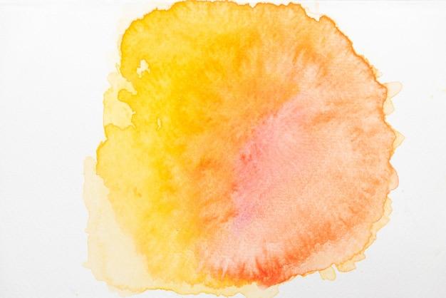 Astratto rosso, giallo e arancio acquerello su carta Foto Premium