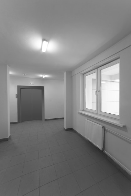 Atrio di edificio residenziale Foto Premium