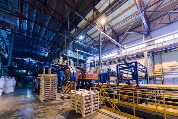 Attrezzature per l'industria di produzione di vetroresina alla fabbricazione Foto Premium