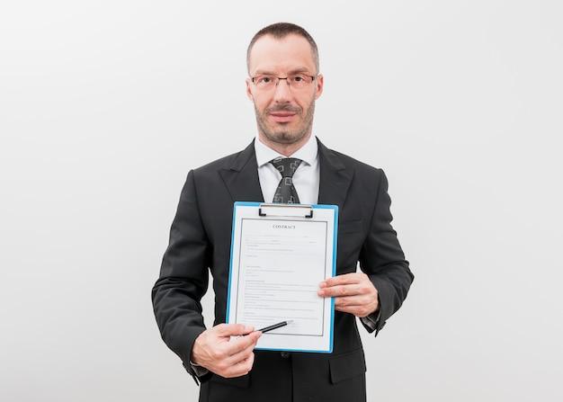 Avvocato con documenti Foto Gratuite