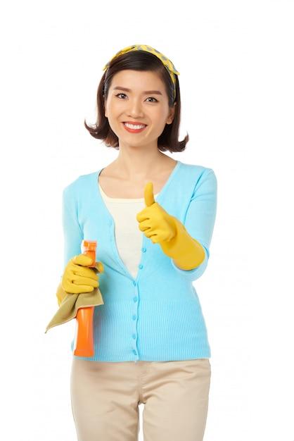 Avvolto nelle faccende domestiche Foto Gratuite
