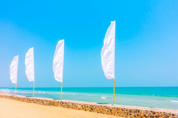 Bandiera bianca Foto Gratuite
