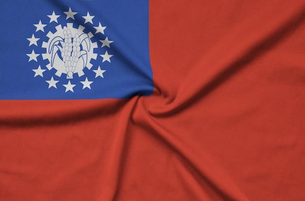 Bandiera del myanmar con molte pieghe. Foto Premium