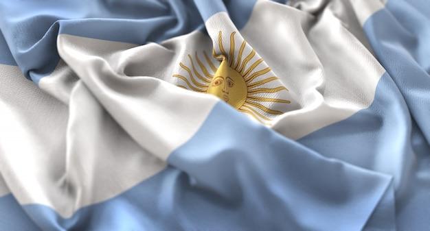Bandiera dell'argentina increspata splendamente sventolando macro close-up shot Foto Gratuite