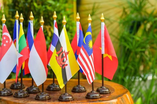 Bandiera dell'associazione delle nazioni del sud-est asiatico Foto Premium