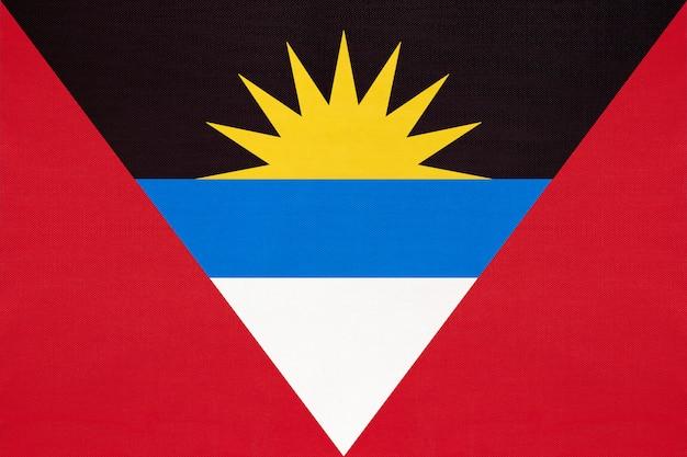 Bandiera nazionale del tessuto dell'antigua e barbuda, fondo del tessuto. Foto Premium