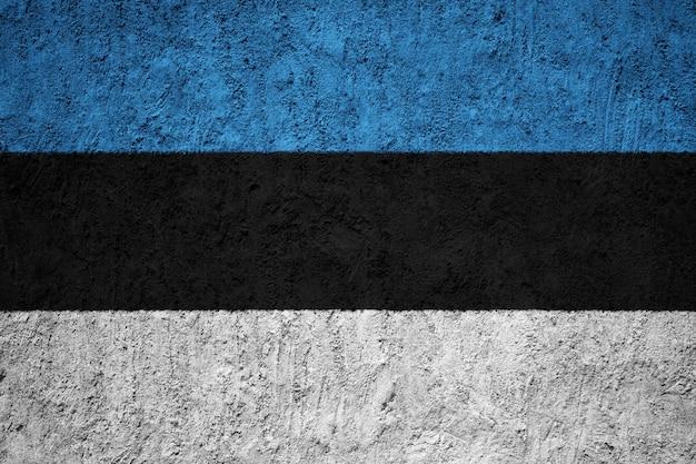 Bandiera nazionale dipinta dell'estonia su un muro di cemento Foto Premium