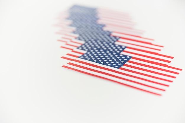 Bandiere americane di fila Foto Gratuite