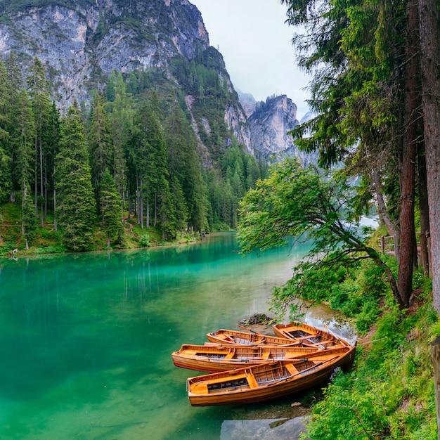 Barca al molo Foto Premium