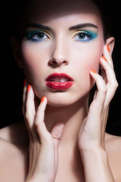 Bellezza donna con trucco perfetto Foto Premium