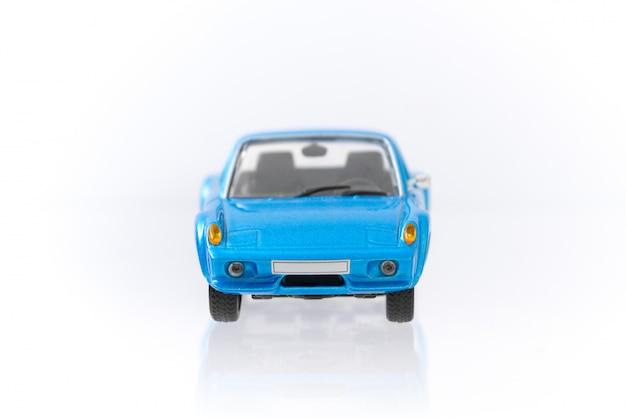 Bellissima auto blu modello vintage e retrò con profilo vista frontale Foto Premium