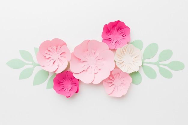 Bellissimo ornamento di carta floreale Foto Gratuite
