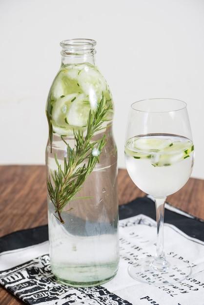 Bevanda rinfrescante con lime Foto Gratuite