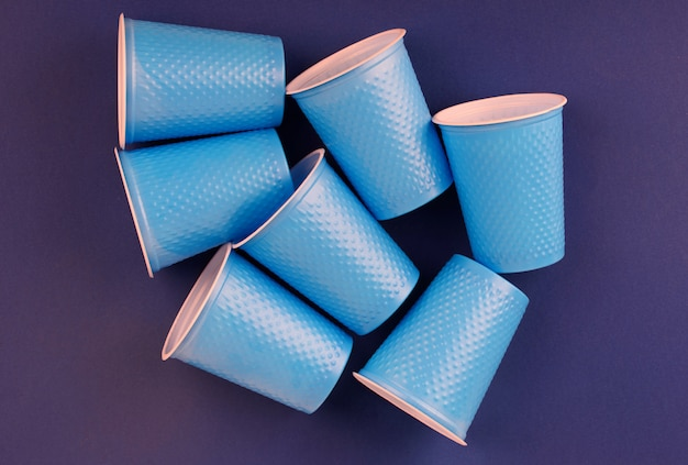 Bicchieri di plastica per feste Foto Premium