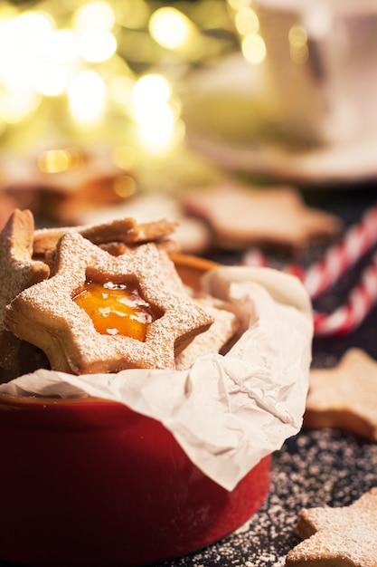 Biscotti Di Natale Con Marmellata.Biscotti Di Natale Squisiti Con Marmellata Di Arancia