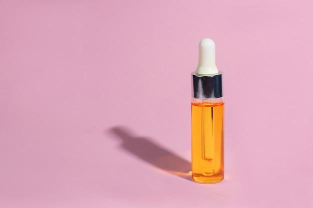 Bottiglia di vetro contagocce Foto Premium
