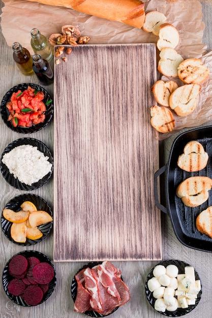 Bruschetta ingredienti per la preparazione Foto Premium