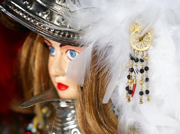 Burattino siciliano tradizionale e gioielli artigianali Foto Premium
