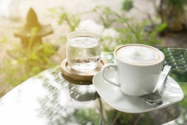 Caffè caldo per le pause al caffè Foto Premium