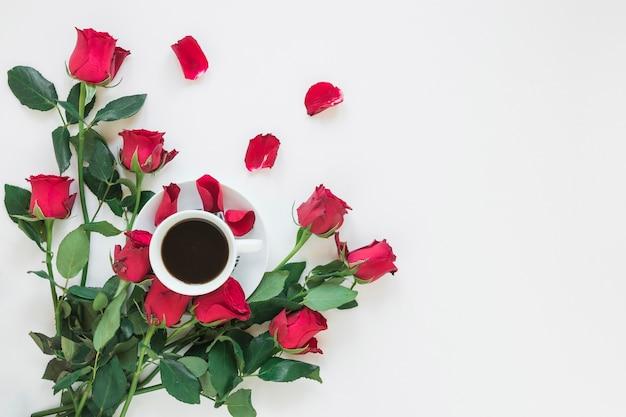 Caffè e fiori Foto Gratuite