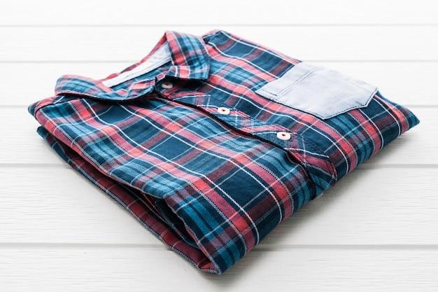Camicia tartan o scozzese Foto Gratuite