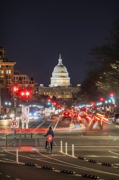 Campidoglio degli stati uniti a tempo crepuscolare, washington, dc, stati uniti d'america o stati uniti d'america Foto Premium