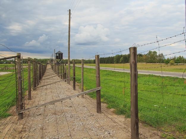 Campo di concentramento majdanek, lublino, polonia. campo di sterminio Foto Premium