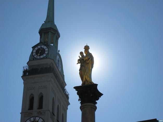 Capitale peter s munich colonna mariana bayer chiesa Foto Gratuite