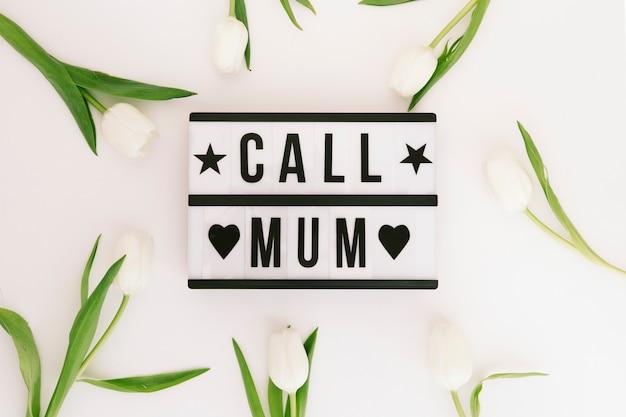 Chiama l'iscrizione mamma con i tulipani Foto Gratuite