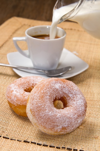 Ciambelle al caffè Foto Premium