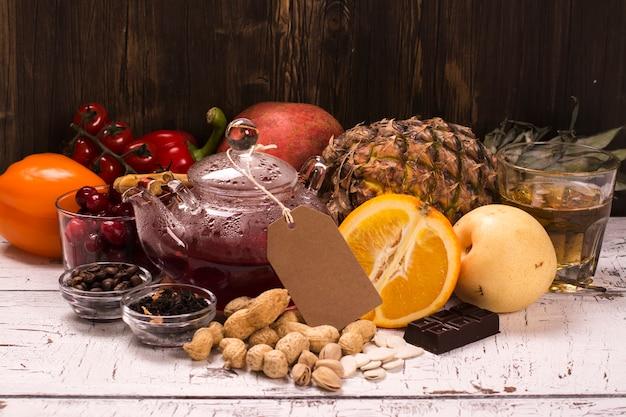 Cibo e bevande ricchi di antiossidanti naturali Foto Premium