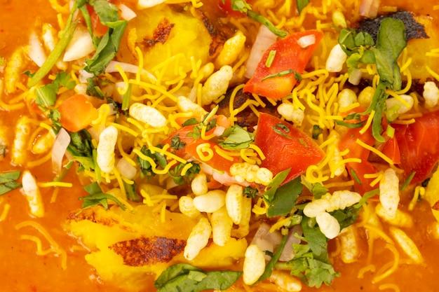 Cibo popolare indiano ragda pattice Foto Premium