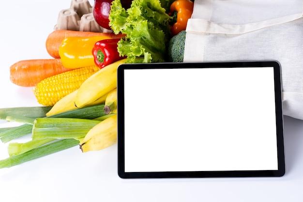 Cibo salute frutta e verdura in supermercato concetto di acquisto di generi alimentari Foto Premium