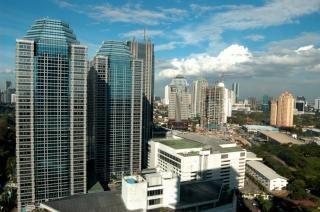 Città blu, cielo Foto Gratuite