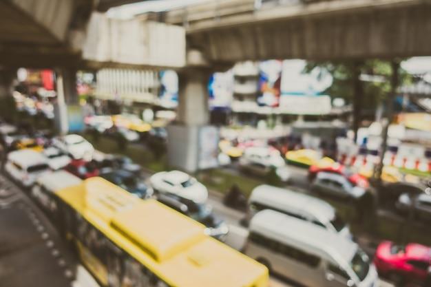 Città con marmellata di traffico Foto Gratuite