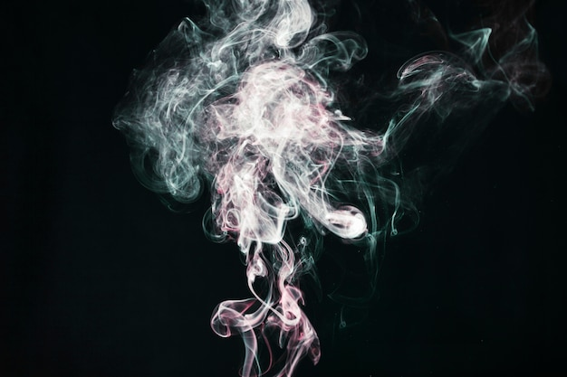 Ciuffi di fumi leggeri Foto Gratuite