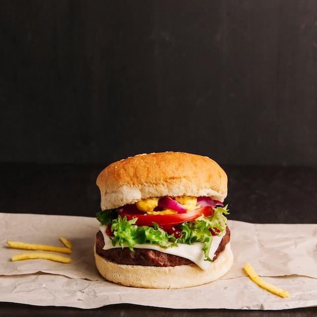 Close up vista del gustoso hamburger Foto Gratuite