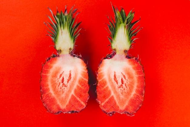 Collage con ananas tagliato a metà Foto Gratuite