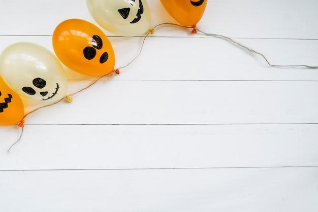 Composizione con palloncini di halloween Foto Gratuite
