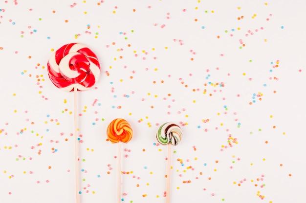 Composizione di compleanno piatta Foto Gratuite