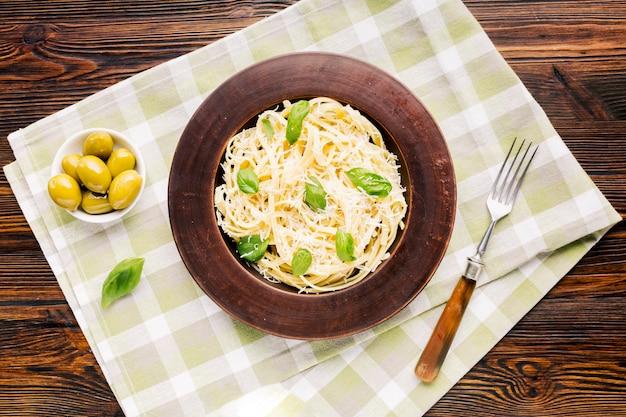 Composizione di piatti italiani piatti Foto Gratuite