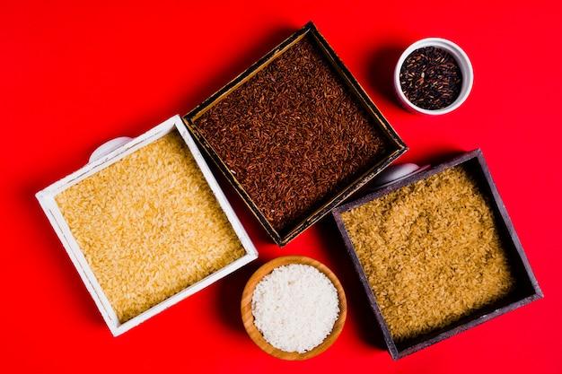 Composizione di riso piatto laico Foto Gratuite