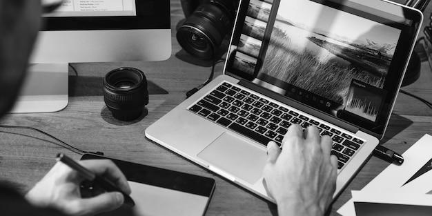 Concetto creativo dello studio di progettazione di occupazione di idee di fotografia Foto Gratuite