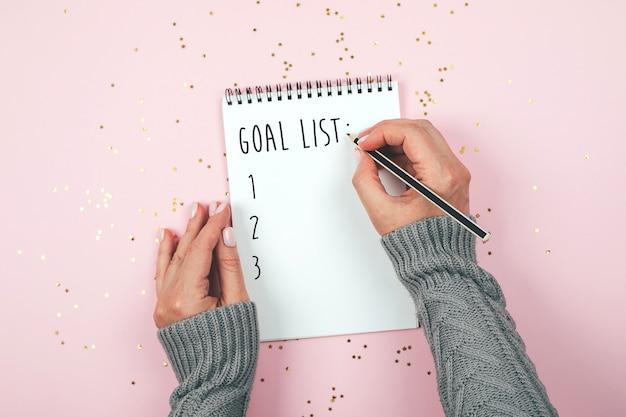 Concetto dell'elenco di obiettivi. disteso Foto Premium