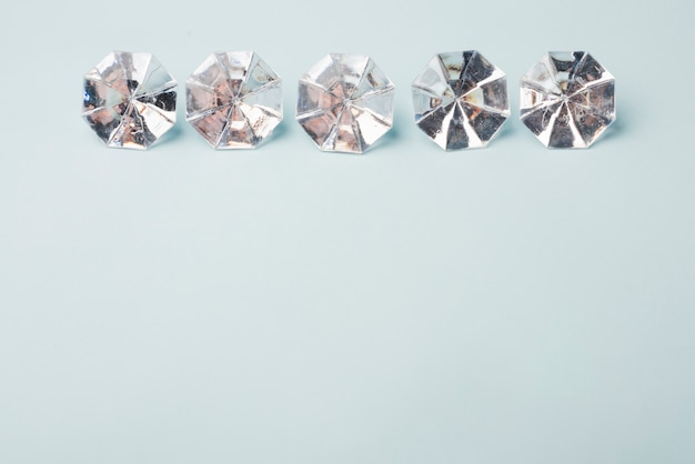 Concetto di diamanti incantevole con uno stile elegante Foto Gratuite