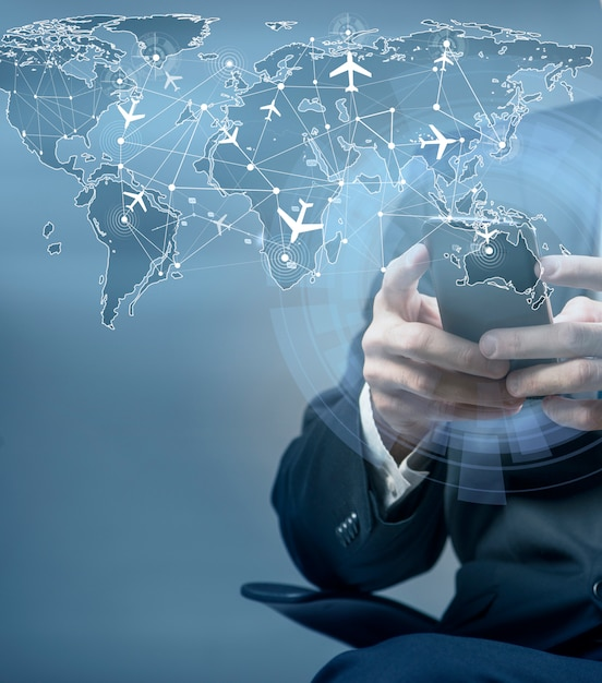Concetto di prenotazione online per i viaggi aerei Foto Premium