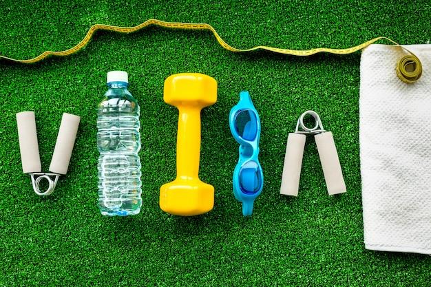 Concetto di preparazione per attrezzature sportive fitness Foto Premium